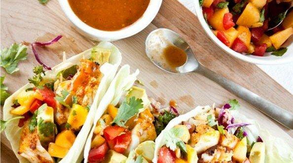 recette tacos de poisson la sauce aux p ches men 39 s. Black Bedroom Furniture Sets. Home Design Ideas