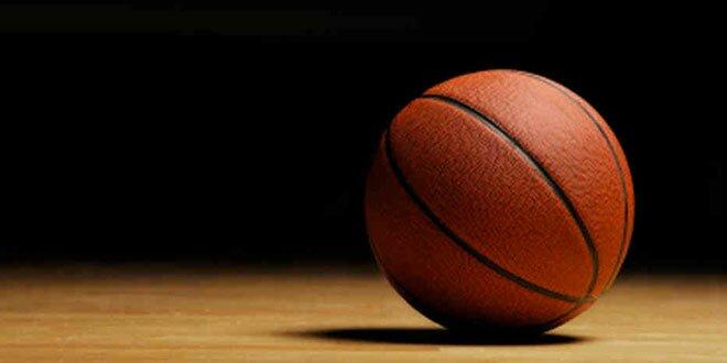 Basketball + Demi-terrain = effort complet - Men\'s Fitness Magazine